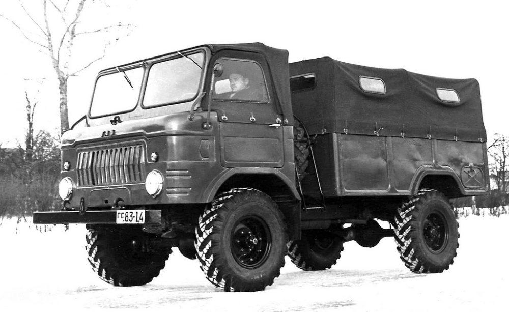 Бескапотный ГАЗ-62