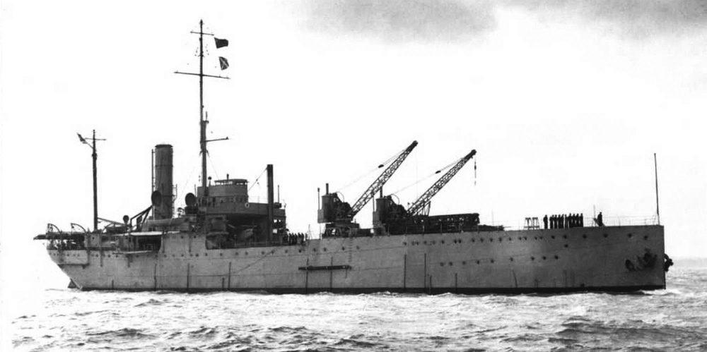 Гидроавианосец Ark Royal