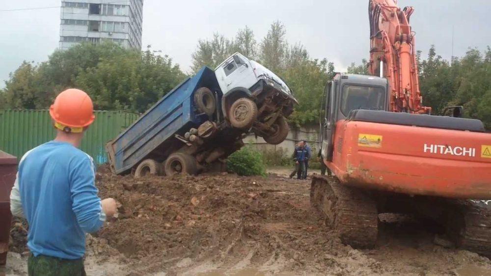 КамАЗу-55111 не хватило проходимости