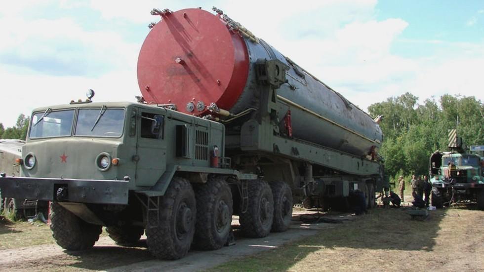 МАЗ-537 с цистерной