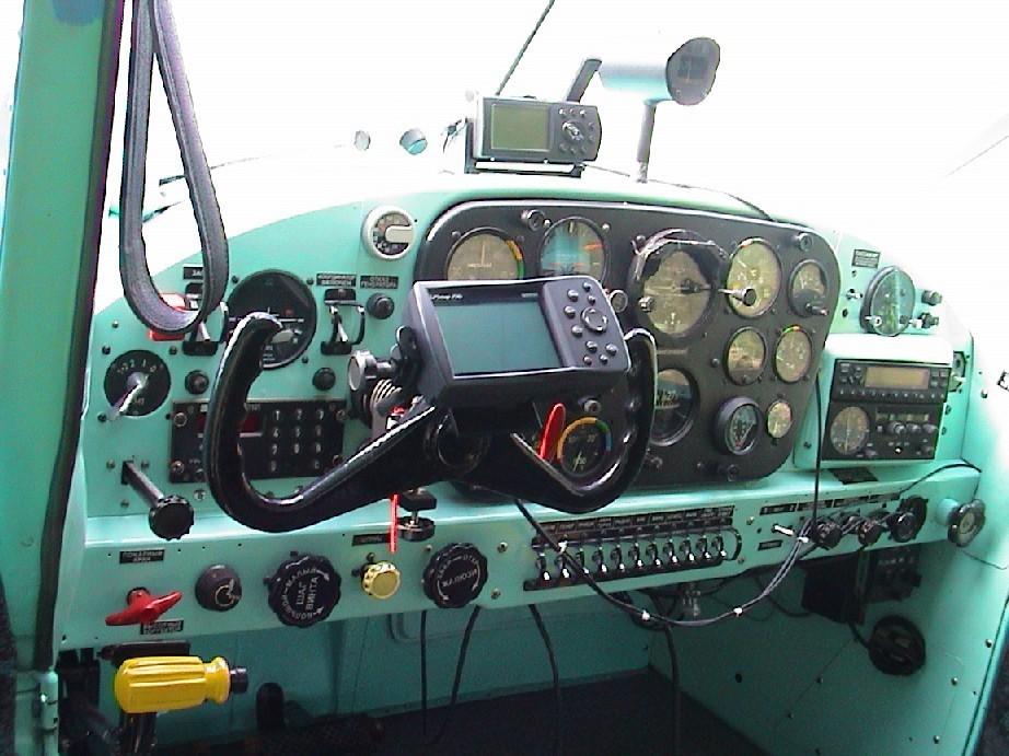 Приборная панель Як-12А