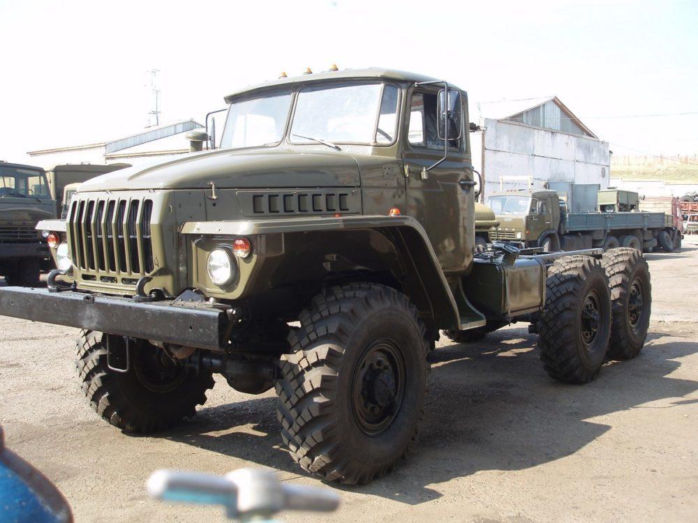 Шасси Урал-375
