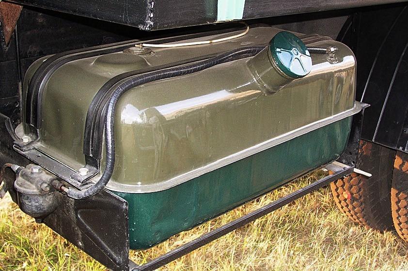 Топливный бак ЗиЛ-164