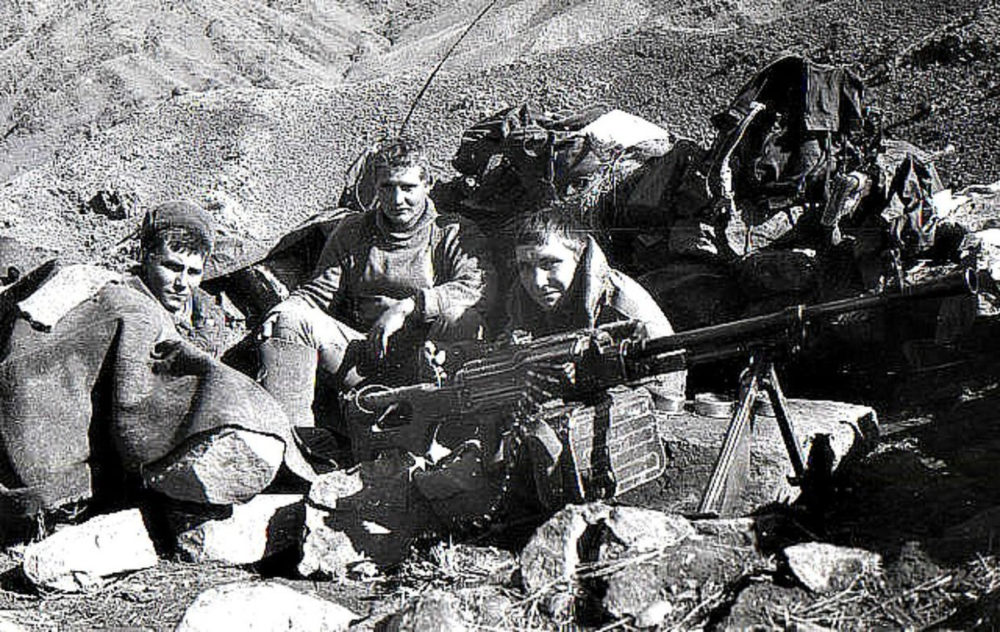 Пулеметный расчет в Афгане