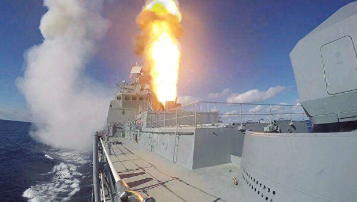 Запуск «Калибра» с борта «Адмирала Григоровича»