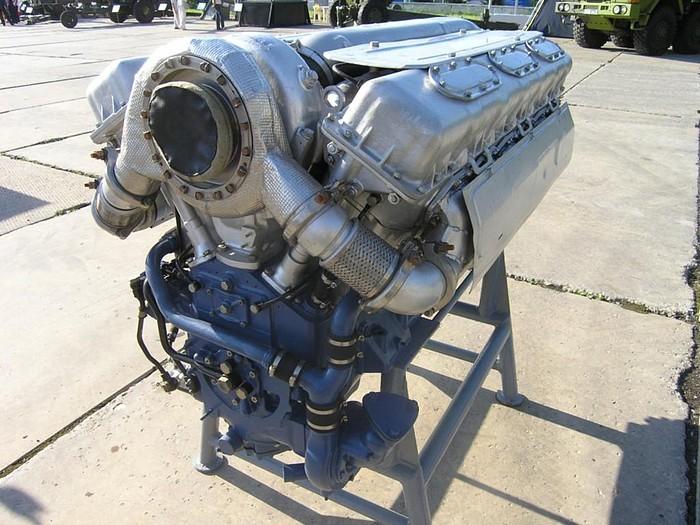 Двигатель В-92С2