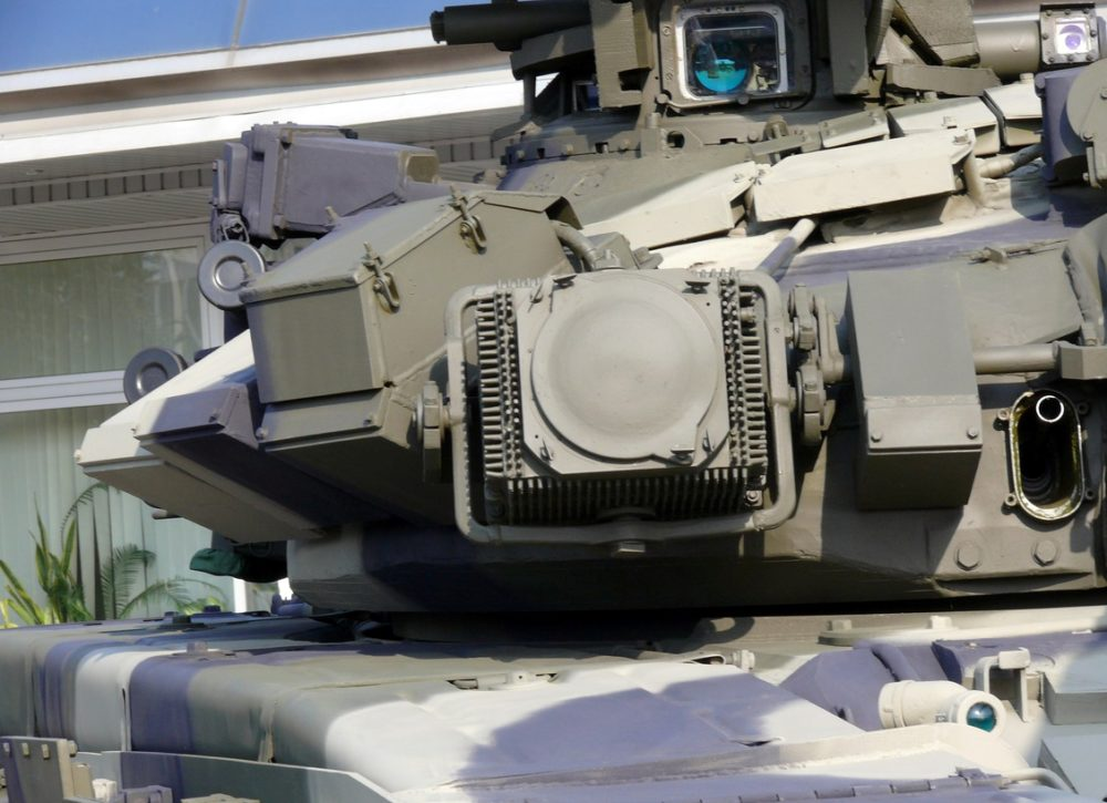 Элемент комплекса «Штора» на Т-90С
