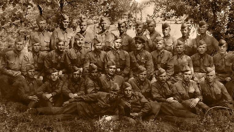 Курсанты Подольского пехотного училища