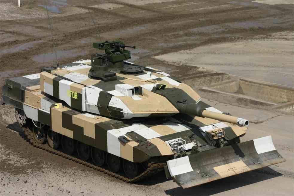 «Леопард-2» в камуфляжной окраске