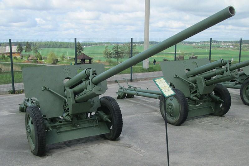 Противотанковая пушка ЗиС-2