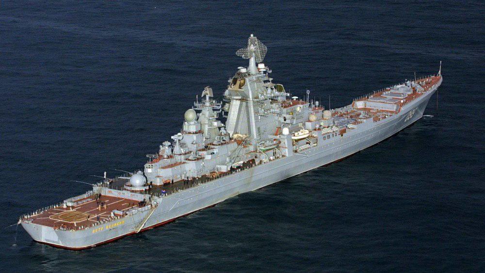 «Пётр Великий» в море