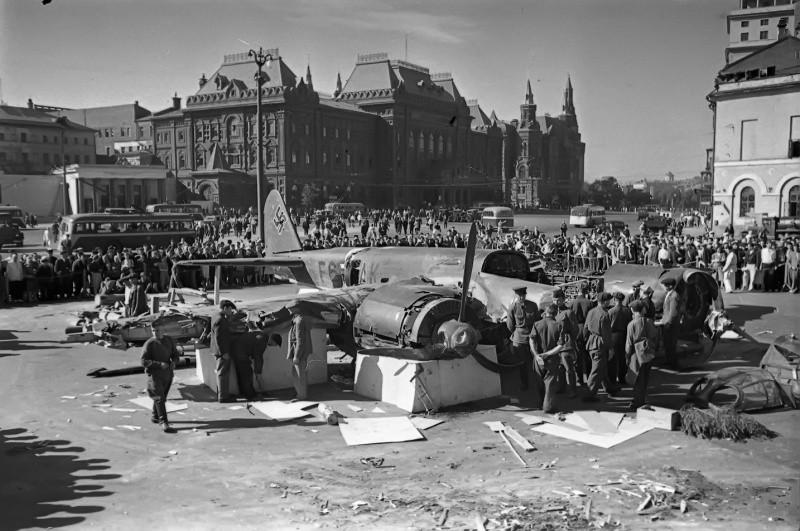 Самолет, сбитый над Москвой