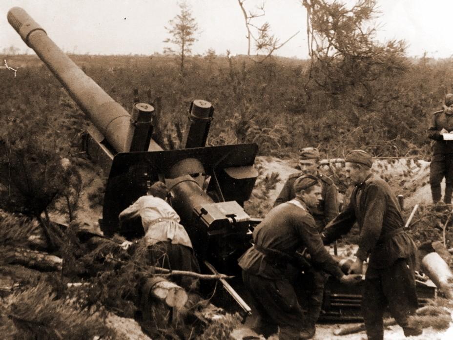 Советская 152-мм гаубица