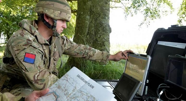 Британский специалист на поле боя гибридной войны
