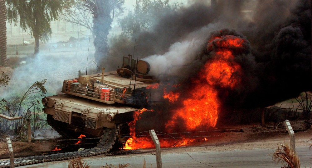 Горящий M1A2S