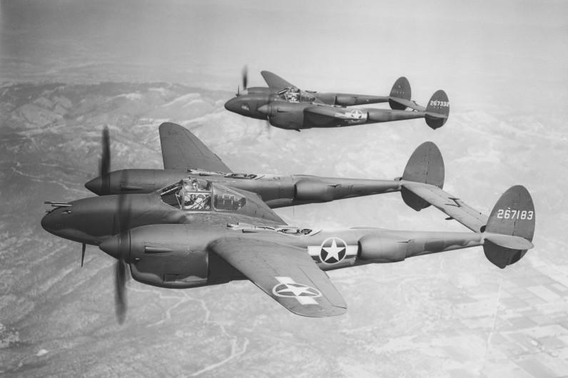 Истребитель P-38 Lightning
