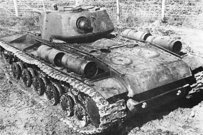 КВ-1С, вид сзади
