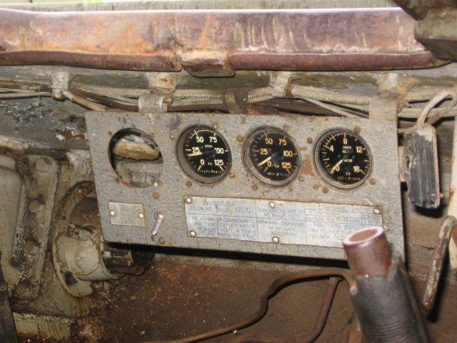 Приборная панель механика-водителя Т-34