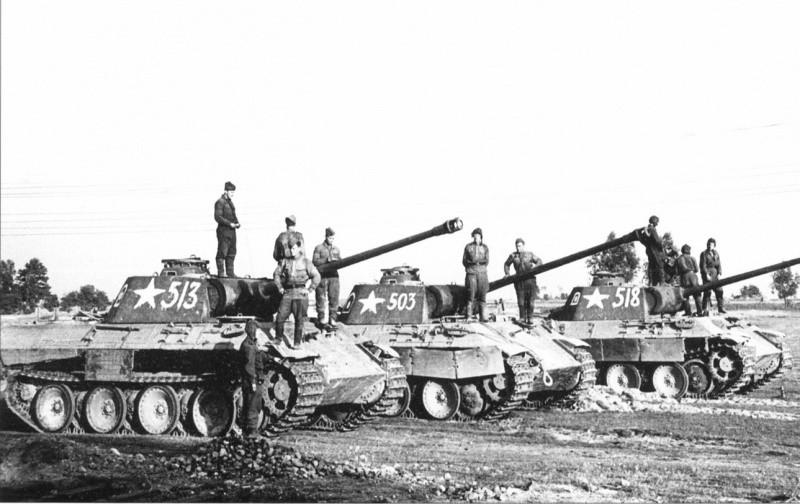 Советская рота из трофейных «Пантер»