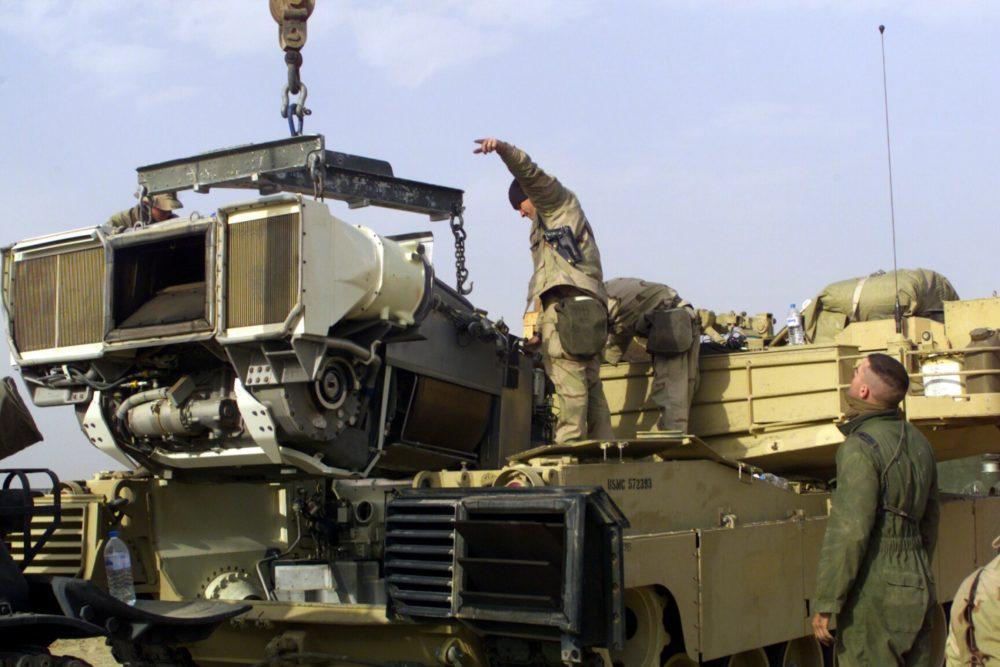 Замена двигателя M1 Abrams
