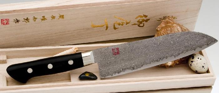 Заточенный японский нож