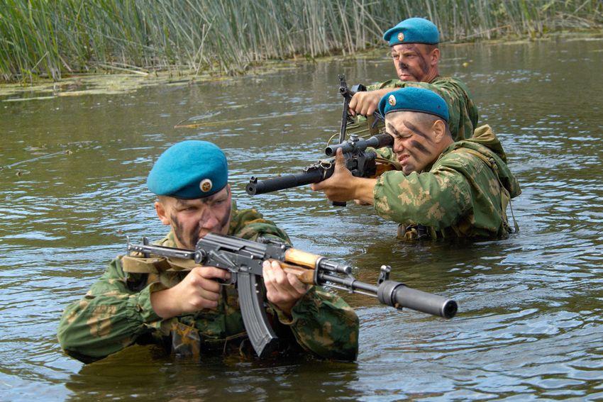 Десантники на учениях
