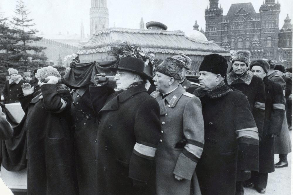 Единственный Маршал, Который Расплакался на Похоронах Сталина, Хотя Усопший Успел Ему Жизнь Подпортить